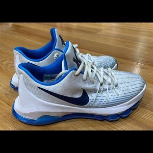 Nike Kevin Durant Basketball Shoes Size 5Y